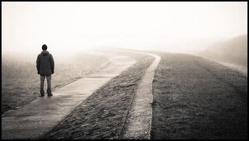 magányos magányos)