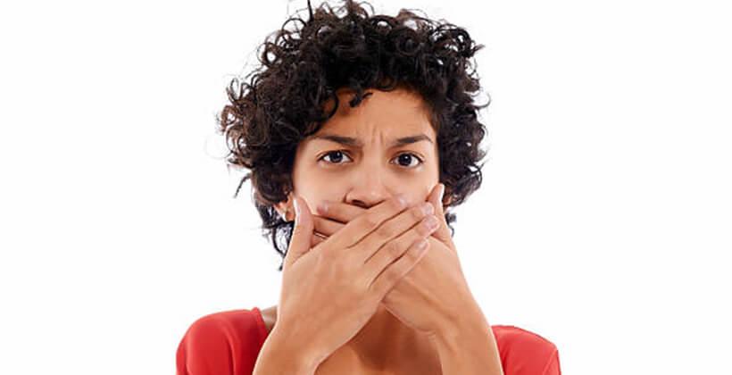 Betegségre utalhat a rossz lehelet