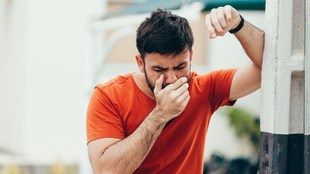 miért van reggel rossz szaga