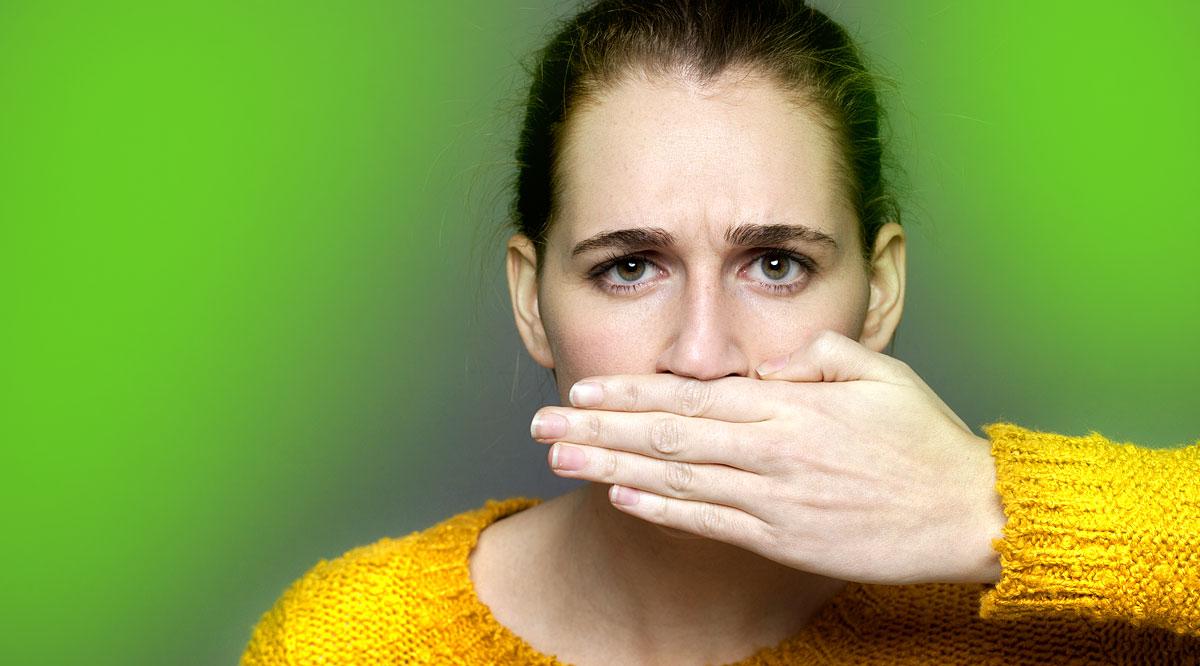 reggel a genny szaga a szájból
