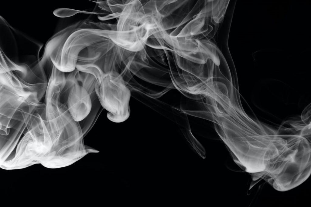 szaga a dukán felett